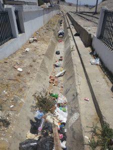 déchets bord de route
